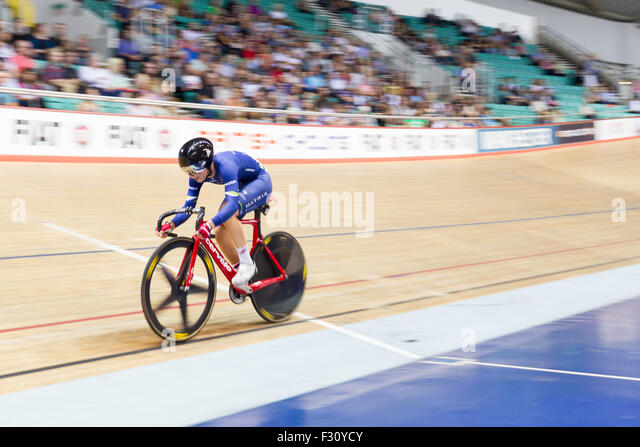 Manchester, UK. 27th Sept, 2015. Laura Trott (pictured) wins Gold in the Points race during the 2015 British Cycling - Stock Image