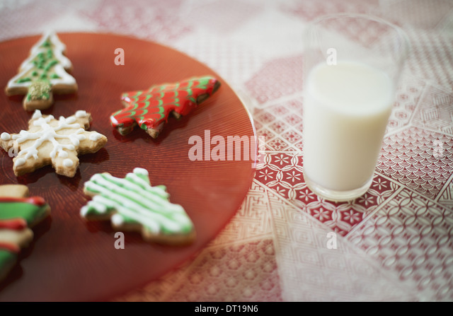 Woodstock New York USA Organic homemade Christmas cookies glass of milk - Stock-Bilder
