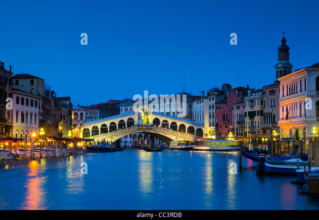 Italy, Veneto, Venice, Rialto Bridge over Grand Canal - Stock Image