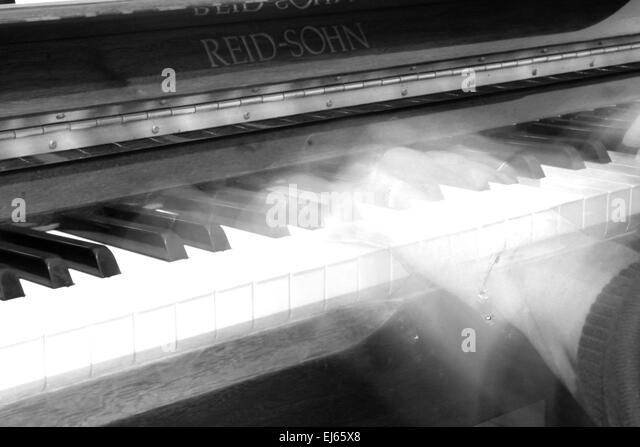 The pianist, piano, pianist, ghost-like, ghostly, music, long exposure photography, - Stock Image