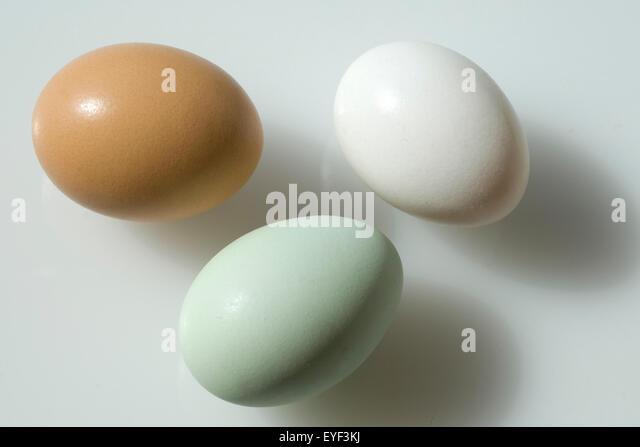 bunte eier stock photos bunte eier stock images alamy. Black Bedroom Furniture Sets. Home Design Ideas