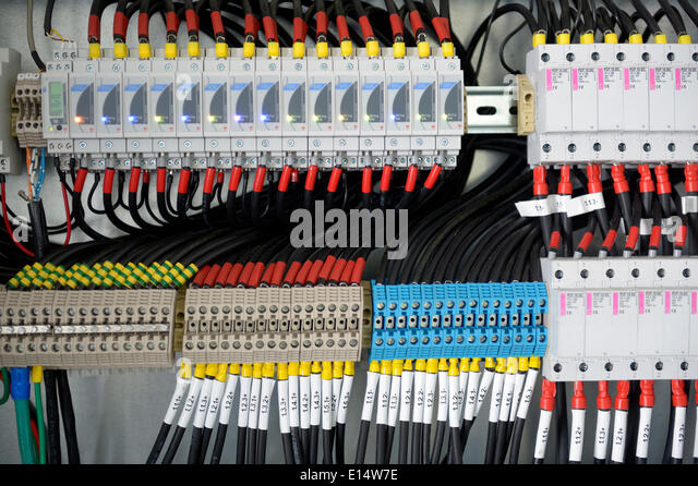 Fuse box with many cables - Stock Image