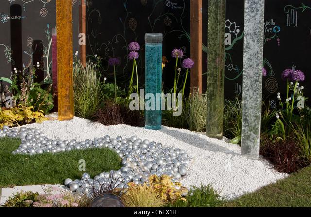 Awarded Bronze Flora 'Chemistry...all that matters'; Malvern Spring Gardening Show 2011 garden designed - Stock Image
