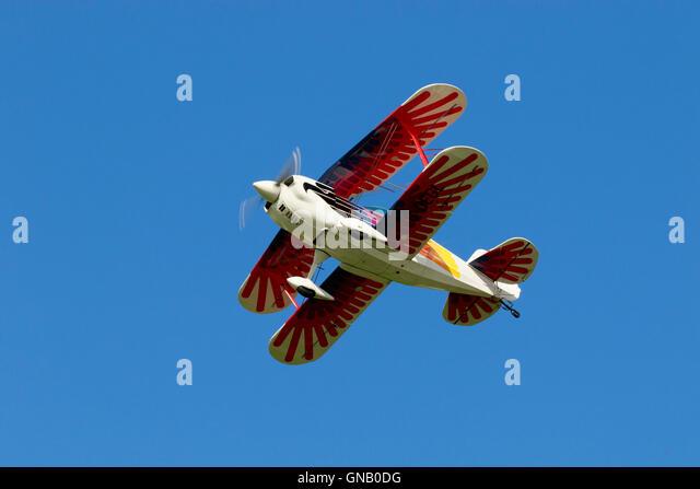 Christen Eagle Ii G-OEGL in flight over Breighton Airfield - Stock-Bilder