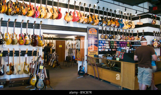 Nashville Tn Guitar Shops : guitar shop stock photos guitar shop stock images alamy ~ Vivirlamusica.com Haus und Dekorationen