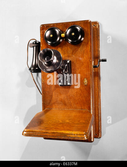 1910s ANTIQUE WOODEN WALL TELEPHONE - Stock Image