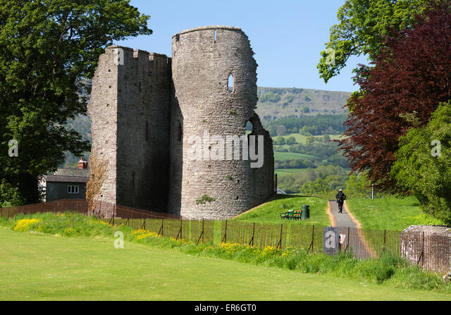 Crickhowell United Kingdom  city images : Ruins of Crickhowell Castle, Crickhowell, Powys, Wales, United Kingdom ...