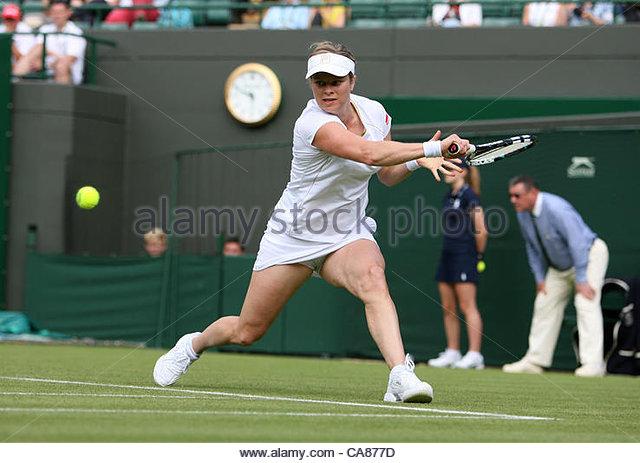 25/06/2012 - Wimbledon (Day 1) - Kim CLIJSTERS (BEL) vs. Jelena JANKOVIC (SRB) - Kim Clijsters - Photo: Simon Stacpoole - Stock-Bilder