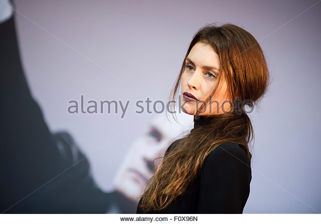 epa04889331 British actress Hannah Ware poses on the red carpet during the world premiere of the film 'Hitman: - Stock Image