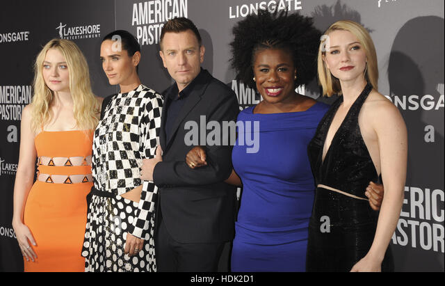 Valorie curry jennifer connelly 039american pastoral039 - 4 10