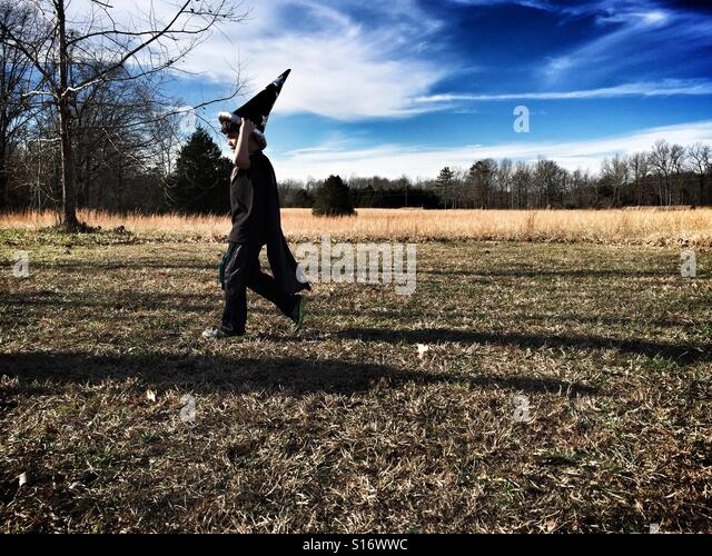 Child in his wizard costume. - Stock-Bilder