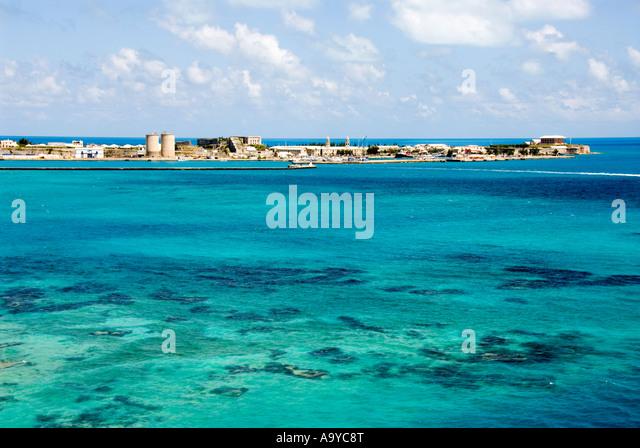 Bermuda shallow coral reef in front Royal Naval Dockyard - Stock Image