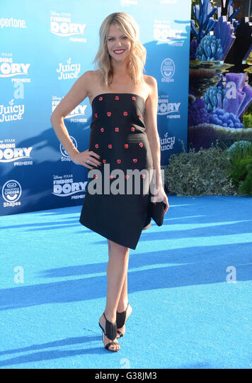 Hollywood, CA, USA. 8th June, 2016. 08 June 2016 - Hollywood. Kaitlin Olson. Arrivals for the World Premiere Of - Stock Image