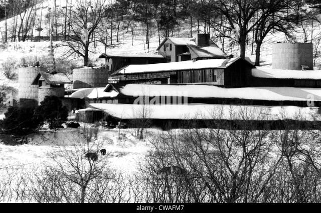 The self-designed home of architect Frank Lloyd Wright located near Spring Green, Wisconsin, 1967.. Courtesy: CSU - Stock Image