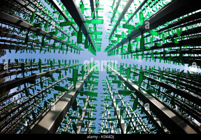 Qingdao, Qingdao, China. 9th Oct, 2016.  A group of statues 'beer bottle forest', made by more than 1,000 - Stock Image
