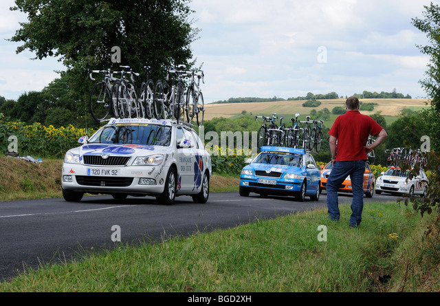 Francaise des Jeux team car on a stage of the 2009 Tour de France near Ratilly in the Yonne (89) departement of - Stock Image