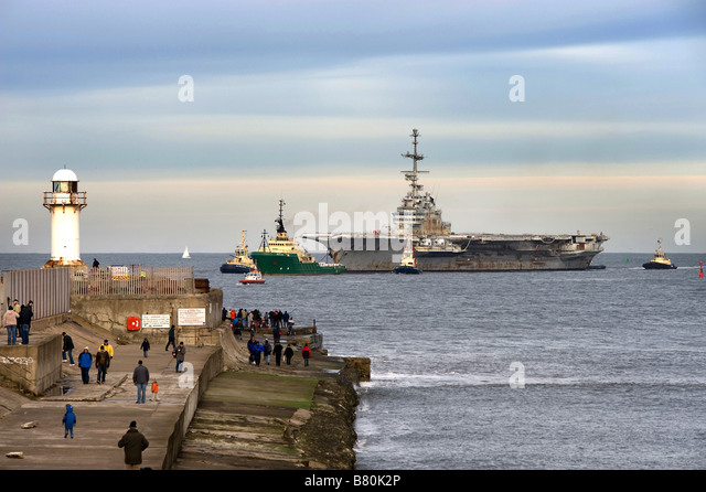 Clemenceau entering Teesport to be scrapped - Stock Image