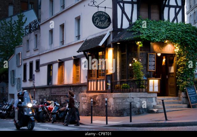 Basilic stock photos basilic stock images alamy for Le miroir restaurant montmartre