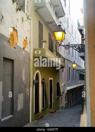 Downspouts Stock Photos Amp Downspouts Stock Images Alamy