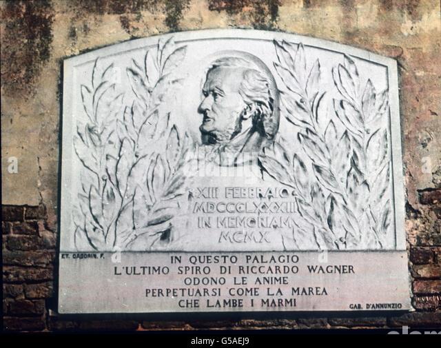 Für die Deutschen ist sein Dach für immer geweiht, weil unter ihm Richard Wagner die Augen schloß. - Stock Image
