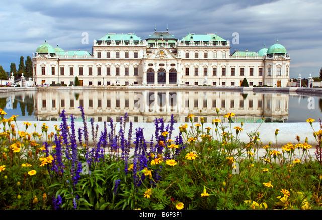 Vienna's Belvedere Palace, Baroque architecture, built by Prince Eugene of Savoy - Stock-Bilder
