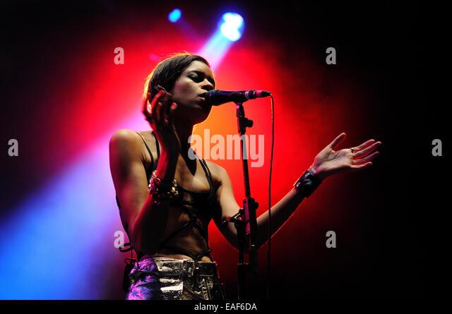 BENICASIM, SPAIN - JULY 21: AlunaGeorge, English electronic music duo, concert performance at FIB. - Stock Image
