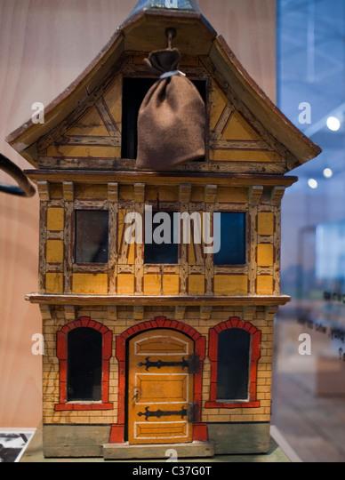 Antique Dolls House Stock Photos Amp Antique Dolls House