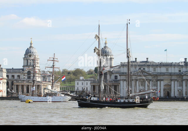 London, UK. 12th Apr, 2017. London, United Kingdom - April​ ​12: The Jantye sails past the Maritime Greenwich UNESCO - Stock Image
