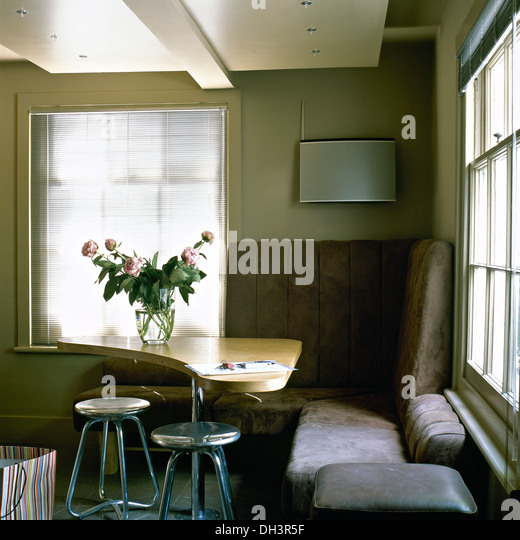 banquette leather stock photos banquette leather stock images alamy. Black Bedroom Furniture Sets. Home Design Ideas