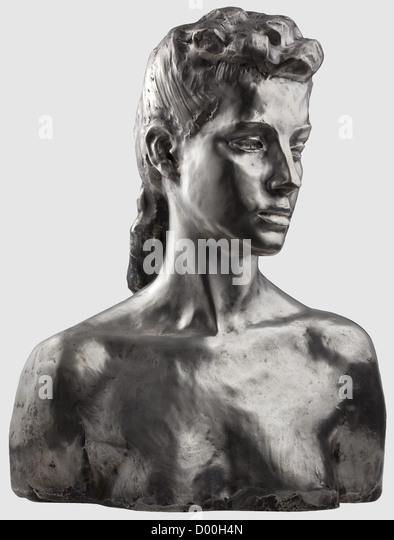 A silver female bust - monogrammed 'J A', Casting stamp 'Priessmann Bauer & Co Muenchen', mark - Stock-Bilder