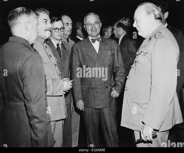 Allied leaders at the Potsdam Conference, July 17- Aug. 2, 1945. L-R: George Marshall, Joseph Stalin, unidentified, - Stock Image