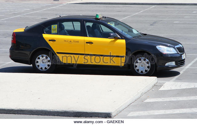Barcelona airport taxi stock photos barcelona airport taxi stock images alamy - Cab in barcelona ...
