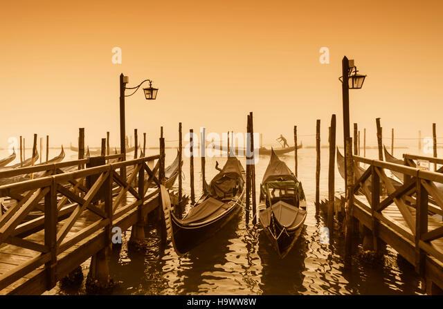 Gondola pier , San Marco, Riva degli Schiavoni, Venezia, Venice, Venedig,  Italia, Europe, - Stock Image