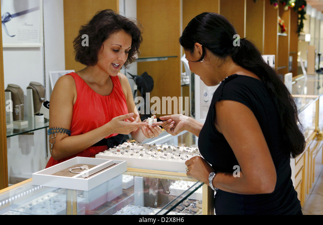 Bead vendor stock photos bead vendor stock images alamy for Jewelry stores in slidell louisiana