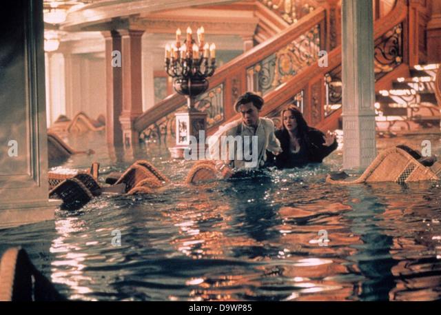 Titanic Year: 1997 USA Kate Winslet, Leonardo DiCaprio Director: James Cameron - Stock Image