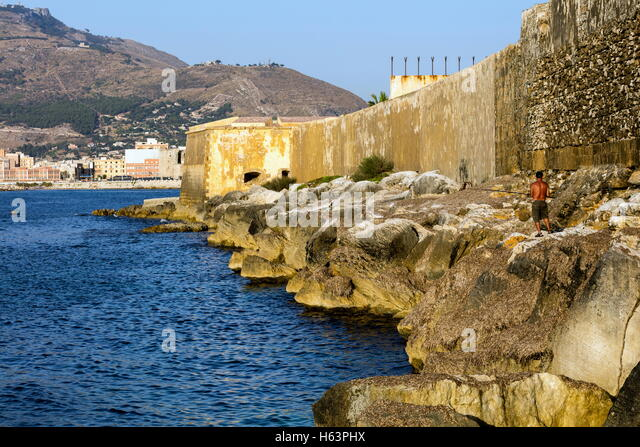 Bastion Conca, 15th century waterfront fortifications in Trapani, Sicily - Stock Image