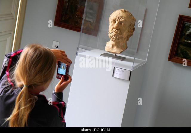 Paris France Europe French 7th arrondissement Musée Rodin Rodin Museum Hôtel Biron art sculpture girl - Stock Image