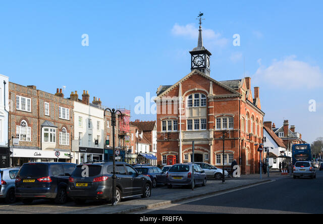 The Town Hall, home of Town Council, High Street, Thame, Oxfordshire, England, UK. - Stock Image