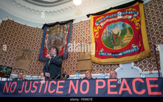Press conference held at the NUM headquarters in Barnsley after the IPCC announcement that there would be no public - Stock Image