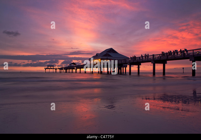 Clearwater beach florida sunset stock photos clearwater for Pier 60 fishing