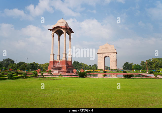India Gate, 42 metre high, eastern end of the Rajpath, New Delhi, Delhi, India, Asia - Stock Image
