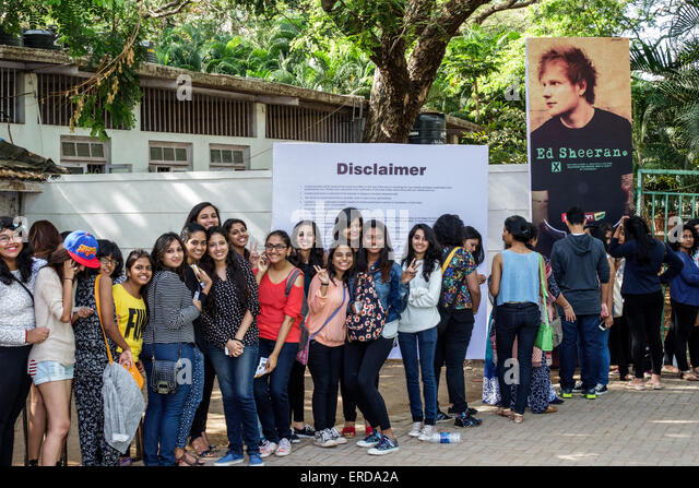 India Asian Mumbai Mahalaxmi Mahalakshmi Nagar race course Ed Sheeran concert box office fans before event line - Stock Image