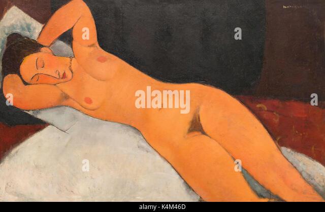 Nude, by Amedeo Modigliani, 1917, Solomon R. Guggenheim Museum, Manhattan, New York City, USA, North America - Stock Image
