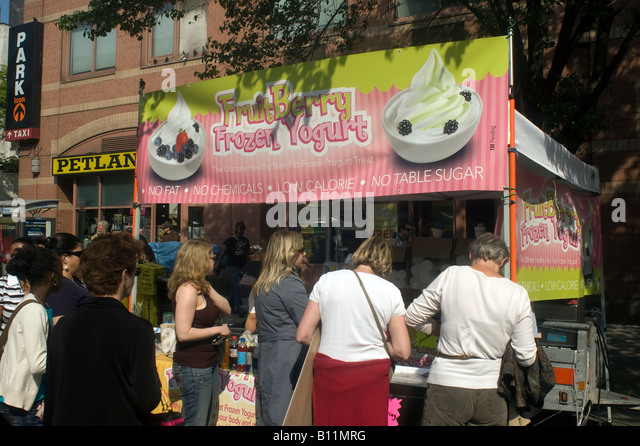 Frozen yogurt at the famous Ninth Avenue Food Festival in New York - Stock Image