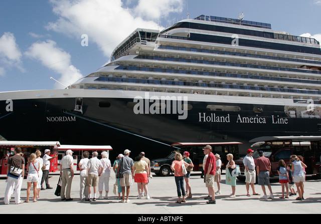 St. Thomas USVI Crown Bay Holland America Line ms Noordam shore excursion group - Stock Image