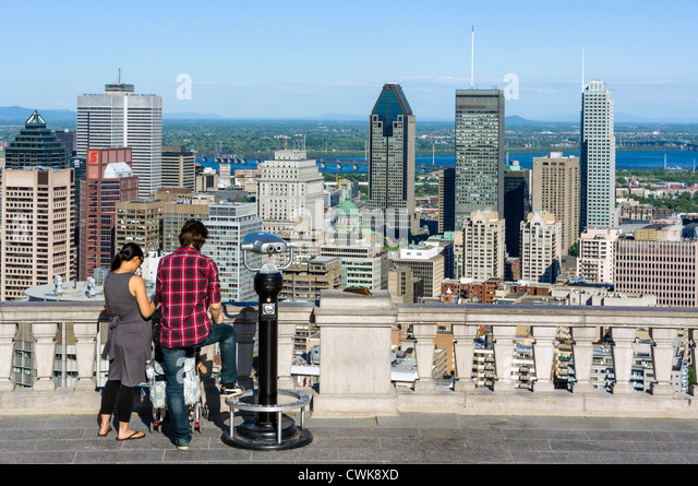 View of city from Kondiaronk scenic lookout at Chalet du Mont Real, Parc du Mont Royal (Mount Royal Park), Montreal, - Stock Image