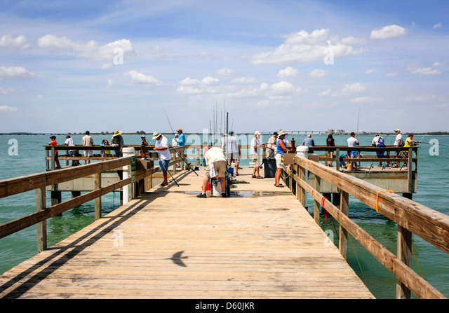 Anglers rest stock photos anglers rest stock images alamy for Sanibel fishing pier