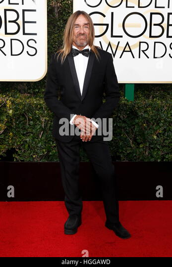 Beverly Hills, Us. 08th Jan, 2017. Iggy Pop arrives at the 74th Annual Golden Globe Awards, Golden Globes, in Beverly - Stock-Bilder