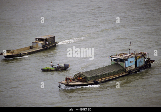shipping vessel stock photos shipping vessel stock images alamy. Black Bedroom Furniture Sets. Home Design Ideas