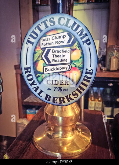 Tutts Clump,Royal Berkshire Cider 7.5% on a traditional bar pump East Ilsley,England,UK - Stock Image